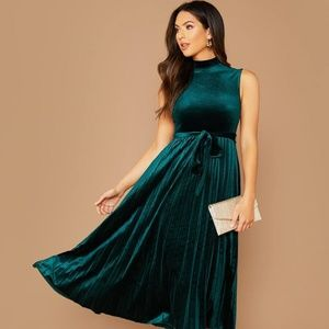 Christmas Green Pleated Dress